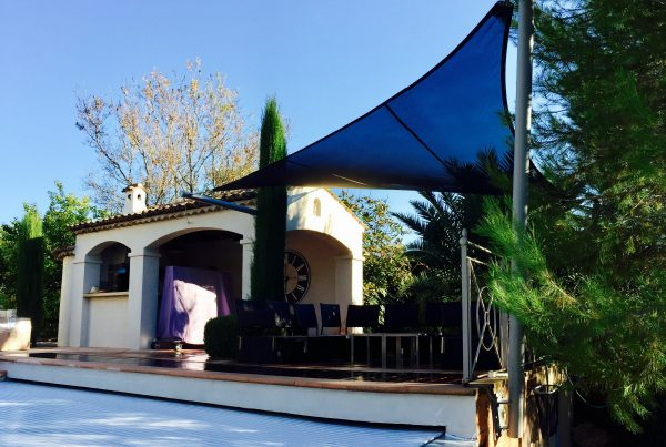 pool house Voile d'ombrage Valbonne