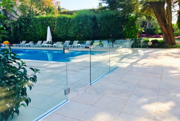 protection piscine verre